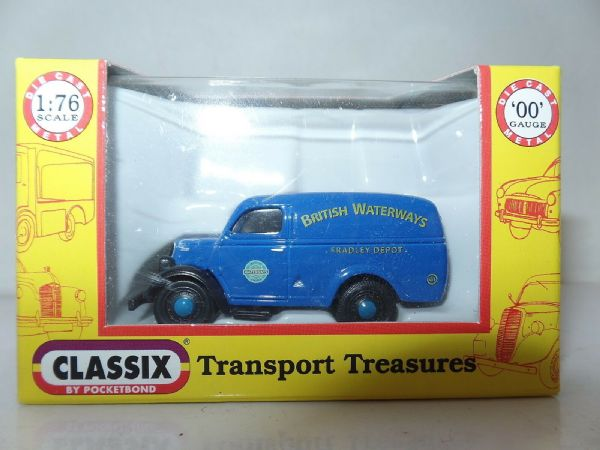 Classix EM76620 1/76 OO Scale Ford Thames E83W Van British Waterways Fradley